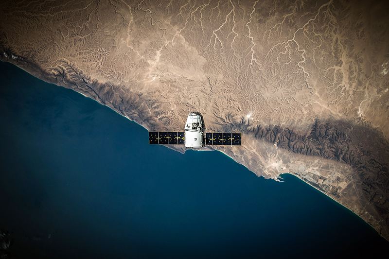 לומדים על לוויינים, גשושיות, תחנת החלל, מעבורות ועוד