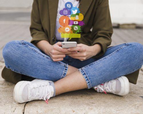 איתור הזדמנויות לאייטמים והובלת מהלכים חברתיים-חינוכיים בפלטפורמות הדיגיטליות